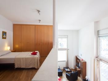 One-bedroom apartment<br/> Poble Nou Beach 3&nbsp;&nbsp;<small>(1 available)</small>